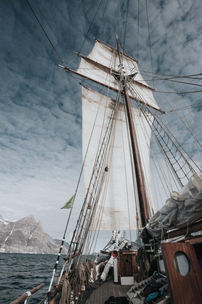 Wie auf Seefahrt beginnt nach dem Sturm die Neuformation eines Teams aus Mitarbeitern