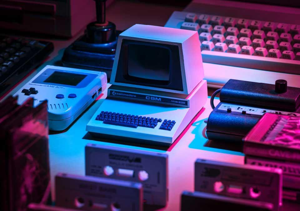 Gameboy, Commodore, Digitales Industriemarketing hat sich entwickelt.