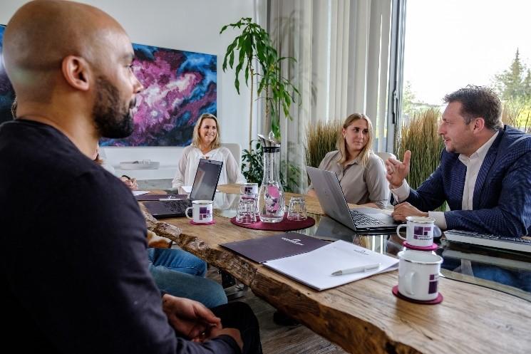 BESONDERS SEIN Meetingkultur